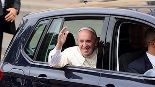 Papa Francestg tegna messa gronda cun passa 100'000 giuvenils
