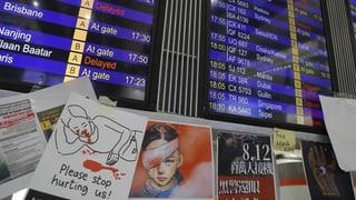 Nagin paus a Hongkong – ils protests bloccheschan l'eroport