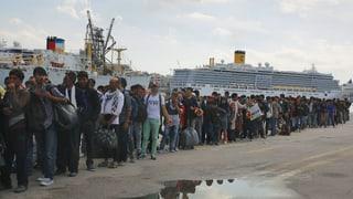 Erster Hotspot für Flüchtlinge soll auf Lesbos Betrieb aufnehmen