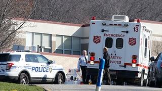 Jugendlicher verletzt mindestens 20 Schüler