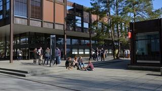 Schwyzer Kantonsrat gegen Ausstieg aus HSR-Trägerschaft