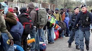 Italiens Mafia mischt im Asylwesen mit: Die Polizei hat 68 Personen verhaftet, die von der Verwaltung eines Flüchtlingslagers profitiert haben.