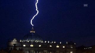 Der Diener Gottes tritt zurück – dann fährt der Blitz darnieder