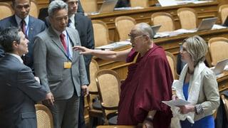 Höchste Schweizerin empfängt den Dalai Lama