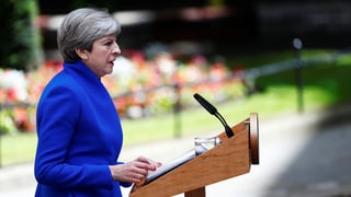 Theresa May will an Brexit-Fahrplan festhalten