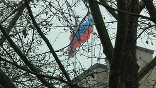 Bewaffnete stürmen Krim-Parlament – und hissen russische Flagge