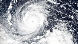 Supertaifun tobt über den Philippinen