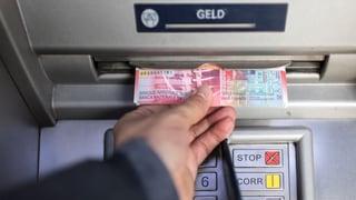 Sparer zahlen bei jeder Bank drauf