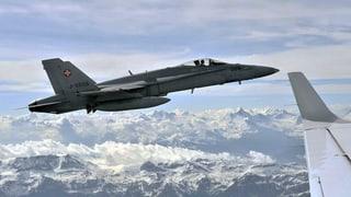 Luftwaffe eskortiert Businessjet an die Grenze