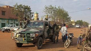 Ostagis en il Mali èn libers