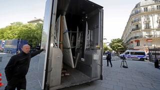 «Grosser Regenschirm» für die beschädigte Kathedrale