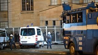 Zwei Verletzte bei unbewilligter Demonstration in Zürich