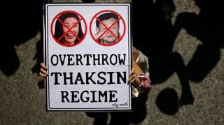 Chronologie: Thailand ist tief gespalten