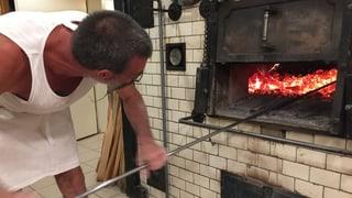 Echtes Holzofenbrot machen nur Brotkünstler