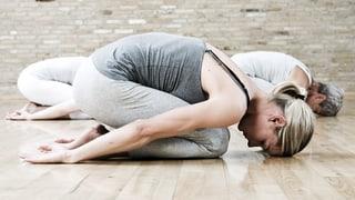 Video «Yoga, Morbus Dupuytren, Nocebo» abspielen