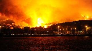 Übergreifen von Waldbränden auf Split verhindert