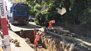In Binningen platzt eine 100 Jahre alte Wasserleitung
