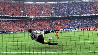 Rückblick 2000: Goldene Tore und ein Penalty-Drama (Artikel enthält Video)