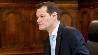 Maudet bleibt im Amt – unter Auflagen
