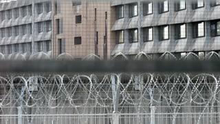 Champ-Dollon: Gefängniswärter am Arbeitsplatz verhaftet