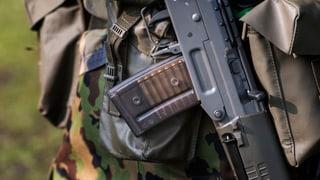 Rechtsextremer erhält Sturmgewehr