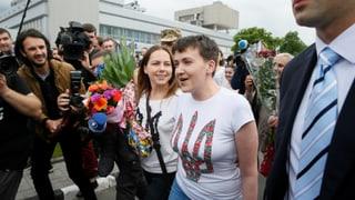 Kampfpilotin Sawtschenko ist frei