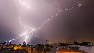 Erneut ziehen starke Gewitter über die Schweiz