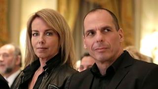 Griechischer Finanzminister von Anarchisten attackiert