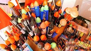 Nagina vendita da rachetas, vulcans u auters fieus artifizials