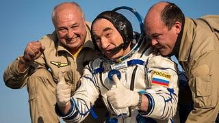 Raumfahrer zurück auf der Erde
