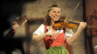 Video «Die Wirtshausmusikantin zu Gast: Traudi Siferlinger» abspielen
