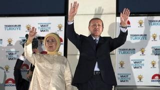 Erdogan gewinnt Wahlen deutlich