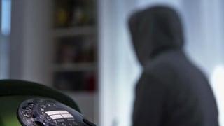 Video «Callcenter-Mitarbeiter packt aus: So dreist lügen sie am Telefon» abspielen