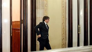 Beschliesst das spanische Parlament jetzt Puigdemonts Absetzung?