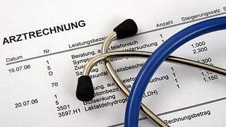 Mit verständlicher Arztrechnung gegen Prämienexplosion