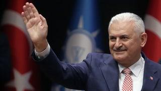 Keine Gegenstimme: Yildirim zum AKP-Chef gewählt