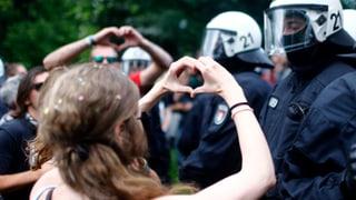Neben all den Bildern der Ausschreitungen: Die G20-Tage waren auch Bühne für Erheiterndes, Kreatives, Treffendes.