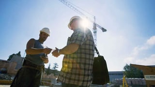 Lohn- und Arbeitsbedingungen mehrheitlich eingehalten