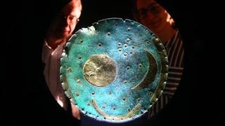Die Jagd nach der 4000-jährigen Bronzescheibe endet auf dem Klo (Artikel enthält Audio)