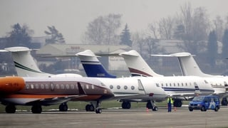 Private Flugfirmen wollen in Dübendorf durchstarten
