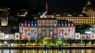 Hotel Schweizerhof bald ohne farbige Fenster?