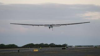 Solar-Flieger im Anflug auf Sonnenstaat