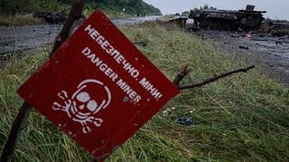 Landminen gefährden hunderttausende Kinder in der Ostukraine.
