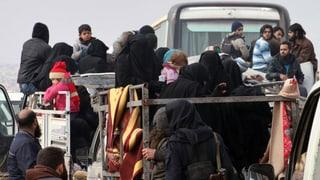Aleppo: Bus per evacuar ils umans traplads en viadi