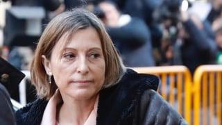 Parlamentspräsidentin Carme Forcadell zahlt Kautionsgeld