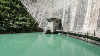 Nationalrat Karl Vogler (CVP/OW) erklärt, weshalb es dringend zusätzliche Subventionen für die Wasserkraft benötigt.