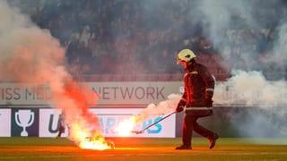 GC-Fans provozieren Spielabbruch in Sion