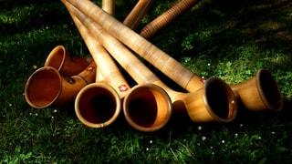 Video «Potzmusig unterwegs - 30. Eidgenössisches Jodlerfest Brig-Glis» abspielen