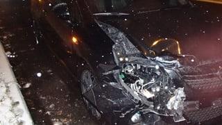 Schnee und Alkohol führen zu Autounfällen