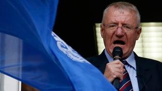 Seselj mischt die serbische Politik auf